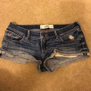 Hollister Shorts Size 7/28